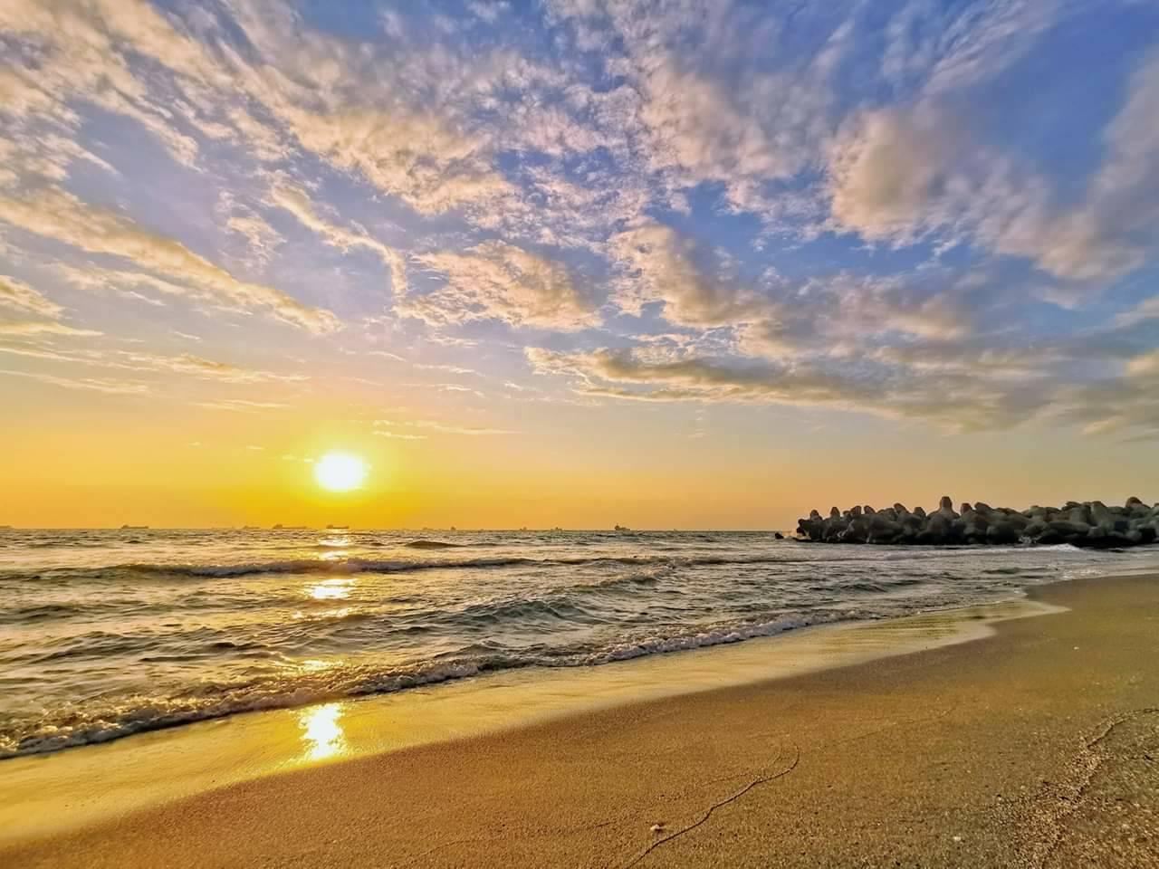 Cijin Sunset Beach 旗津夕陽